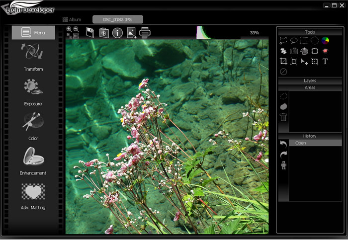 A professional and efficient photo software